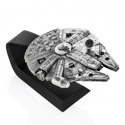 STAR WARS MILLENNIUM FALCON REPLICA