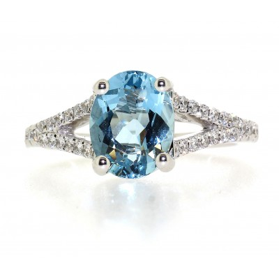 SPLIT SHOULDER OVAL CUT AQUAMARINE AND DIAMOND RING