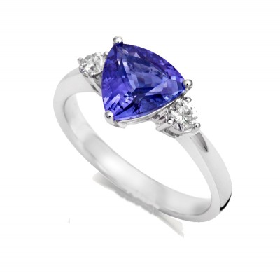TRILLIANT CUT TANZANITE AND DIAMOND RING