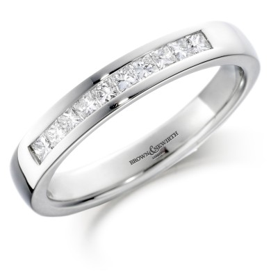 PRINCESS CUT CHANNEL SET DIAMOND WEDDING RING
