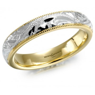 ENGRAVED CENTRE PATTERNED WEDDING RING